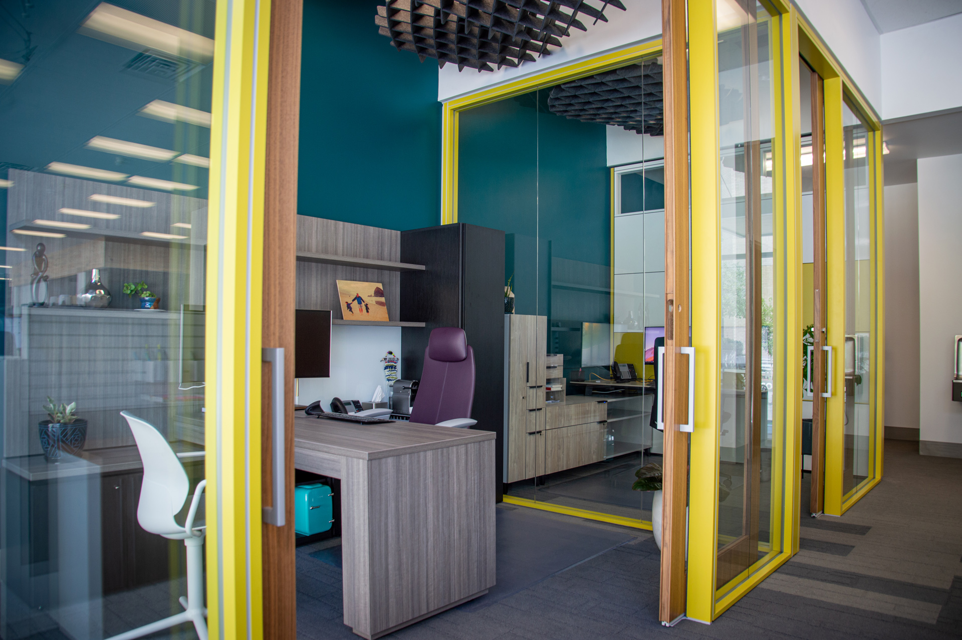 Private Office Design For Commercial Furniture Showroom